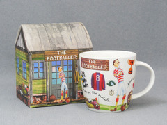 Кружка At Your Leisure The Footballer Mug in Hatbox 390мл YOUR00171